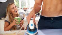 Qué hay detrás de la recompensa (sexual) por implicarte en las tareas domésticas