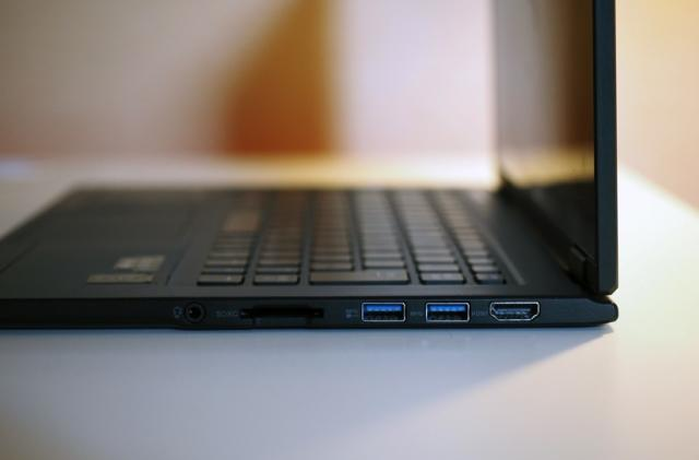 Lenovo's skinny new ultraportable claims to be the lightest 13-inch laptop