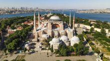 Turquia prepara conversão da basílica de Santa Sofia em mesquita e Erdogan autoriza orações