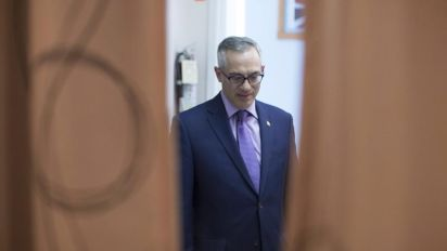 Tony Clement returns to Parliament after scandal