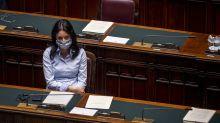 Lucia Azzolina, clamorosa gaffe su Twitter