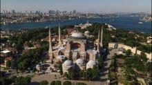 """Papst Franziskus """"sehr bekümmert"""" über Umwandlung der Hagia Sophia in Moschee"""