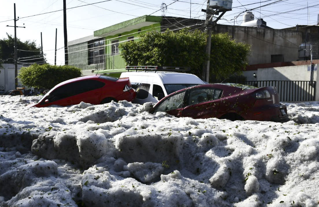 Freak hail storm hits Guadalajara, Mexico