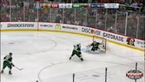 Devan Dubnyk Save on Patrick Sharp (01:47/3rd)