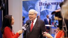 Berkshire Hathaway appears to buy back more stock