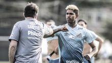 Satisfeito com o trabalho de Jesualdo, Raniel fala sobre reinício no Santos: 'Parece que ainda vou estrear'