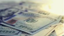 Martedì il dollaro statunitense registra una sessione piuttosto volatile contro lo yen giapponese