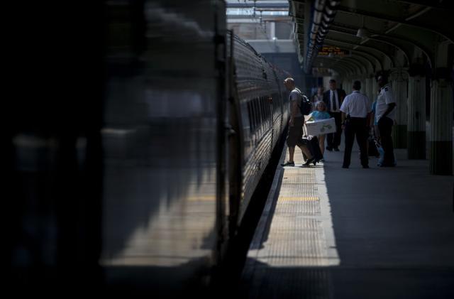 Most US rail operators won't meet deadline for train safety controls