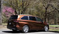 Toyota's 2021 Sienna hybrid proves minivans can be fun, not just practical