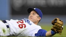 Hot Stove Digest: Dodgers to re-sign Chase Utley, add Franklin Gutierrez to crowded roster