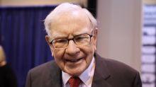 Buffett's Berkshire boosts Amazon.com bet, attracts Ackman