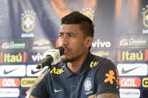 Paulinho comemora braçadeira e espera jogo truncado com a Colômbia