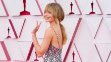 Margot Robbie ditches her signature look for the 2021 Oscars