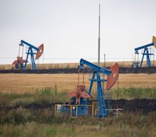 Oil Rises With OPEC Expecting Demand Rebound to Absorb Output