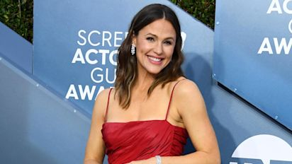 Stars hit the red carpet at the SAG Awards