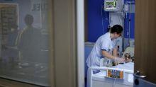 Coronavirus: les cas en réanimation augmentent mais sont mieux traités