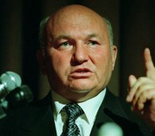 Former Moscow mayor Yuri Luzhkov dies at 83