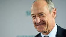 Siemens steps up cost-saving programme to tackle coronavirus downturn