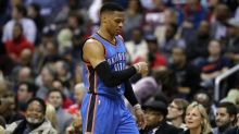Westbrook shines as Thunder roll over Lakers