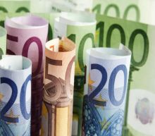 EUR/USD Price Forecast – Euro Breaks Big Figure