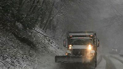 Raw: Snow blankets part of West Virginia