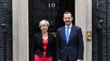 El rey Felipe VI admite la inquietud por el Brexit en empresas e inmigrantes