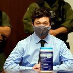Kenosha killing suspect Rittenhouse's bond terms changed after bar visit