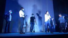 Masque en répétition, adaptation de la mise en scène, doublure pour les acteurs malades... Au Théâtre de la Ville, la saison reprend en s'adaptant au coronavirus