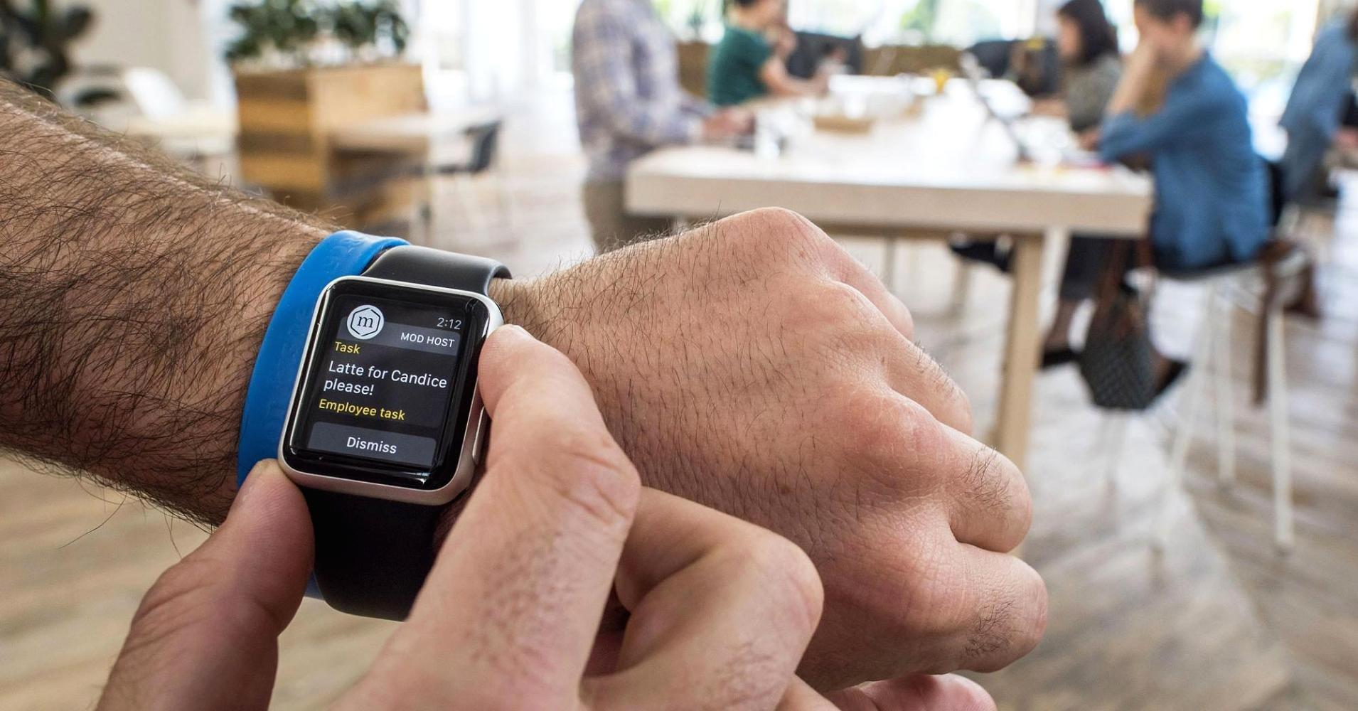 The new Apple Watch will still be tethered to the iPhone ...