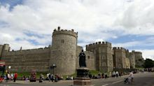 Windsor Castle and the Palace of Holyroodhouse given reopening date