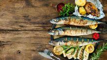 Nem picanha, nem linguiça: é churrasco de peixe