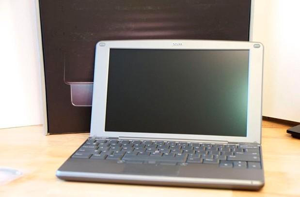 Palm and webOS product auction reminds us of the forgotten Foleo