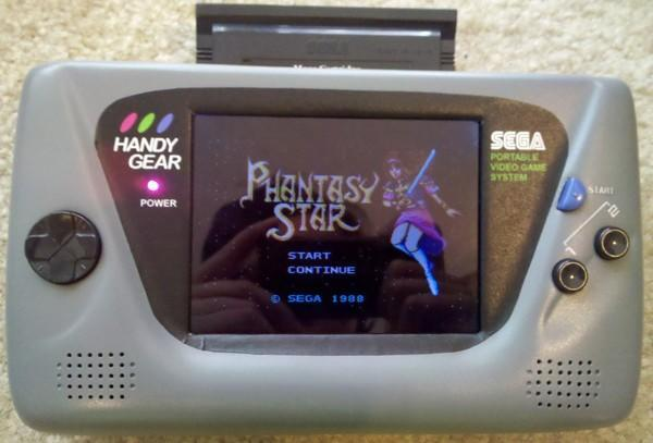 Game Gear mod has five-inch screen, rechargable batteries, two pounds worth of memories