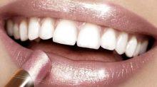 Diesen beliebten Lippenstift gibt es hier gratis mit dazu