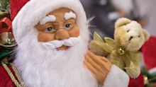 Early Christmas shopping boosts UK retailers