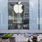 MARKETS: Big tech gets taken to the woodshed but YF Premium remains bullish on Apple