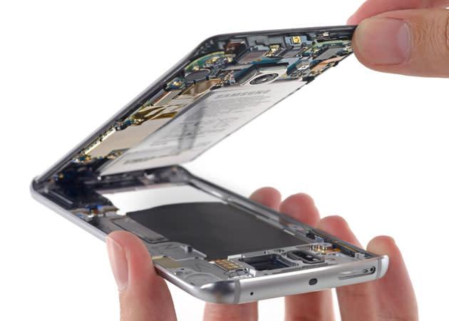 Samsung's Galaxy S6 Edge is a royal pain to repair