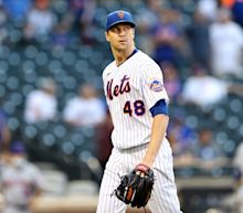 Mets ace Jacob deGrom exits perfect start with shoulder soreness