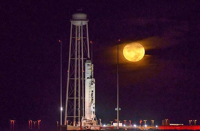 Watch Orbital's Antares rocket fly for the first time in 2 years
