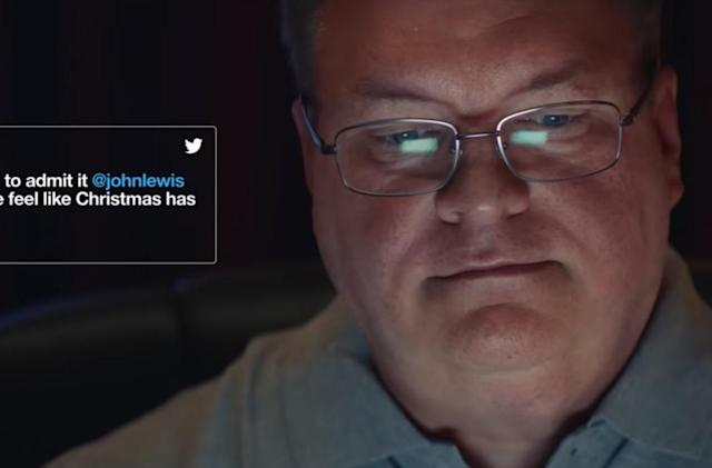 Twitter goes incredibly meta for its UK Christmas ad