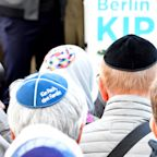 Germans Don Kippas In Solidarity With Jewish Groups Alarmed By Anti-Semitism