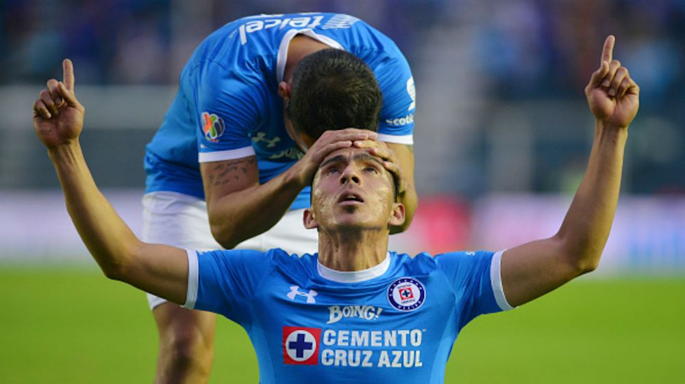 Ángel Mena dejaría Cruz Azul para ir a Italia