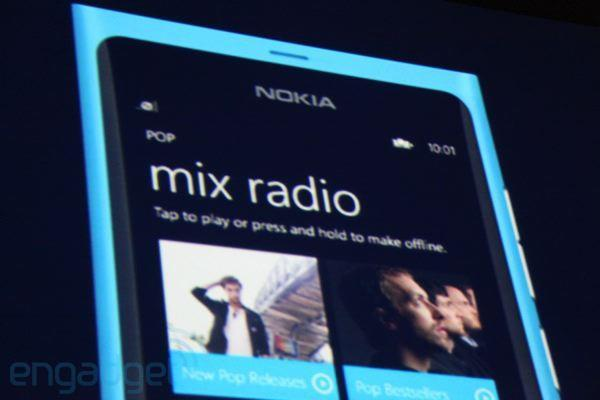 Nokia Music joins the auto-playlist club, brings Pandora-like song-finding to Lumia 800