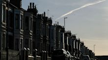U.K. House Prices Climb to Record as Virus Threat Looms