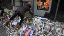 Centenas de pessoas prestam homenagens às vítimas de atentado em Estrasburgo