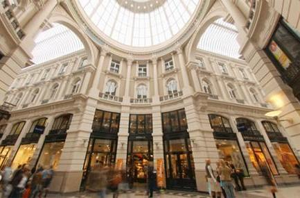 Apple signs lease for new store in The Hague