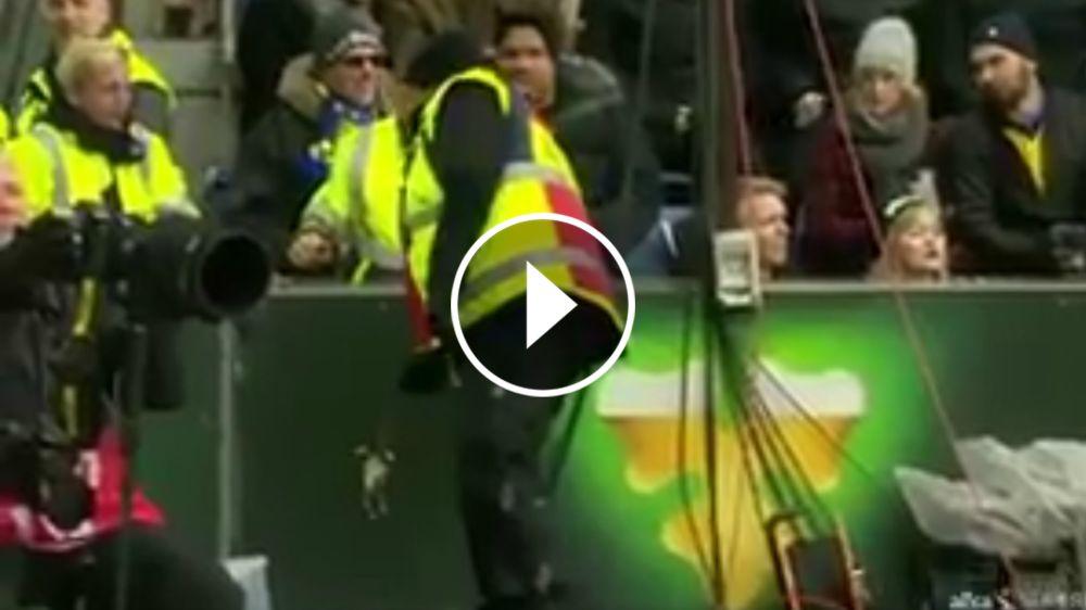 ¡La afición del Brondy tira ratas muertas a los jugadores del Copenhague en medio del partido!