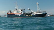"""Migrants : finalement, le navire humanitaire """"Alan Kurdi"""" accostera en Italie et pas à Marseille"""