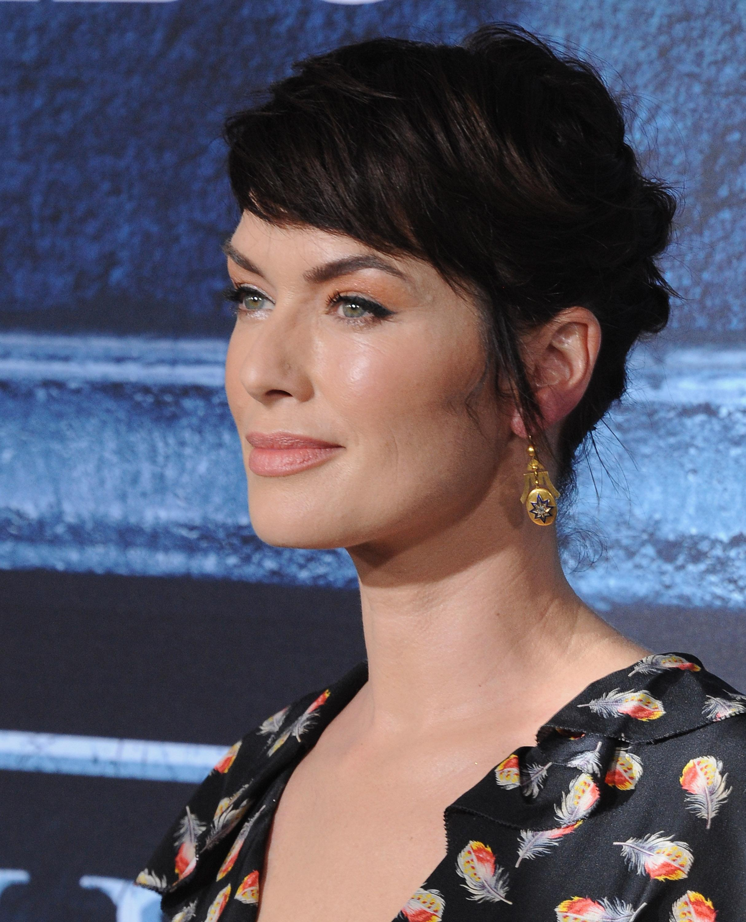 of thrones hair style of thrones lena headey shows us how to style 3902