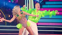 Sean Spicer gets really low scores on 'DWTS' premiere, but he wasn't the worst